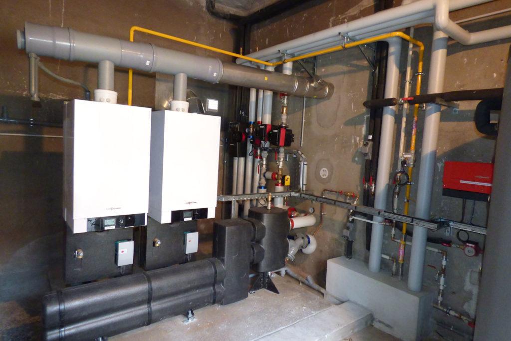 Rénovation d'une chaufferie gaz à cascade de deux chaudières à condensation VIESSMANN VITODENS 200 - Hôtel Eguisheim 5