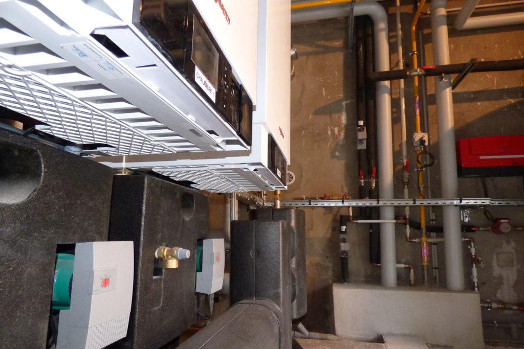 Rénovation d'une chaufferie gaz à cascade de deux chaudières à condensation VIESSMANN VITODENS 200 - Hôtel Eguisheim 3